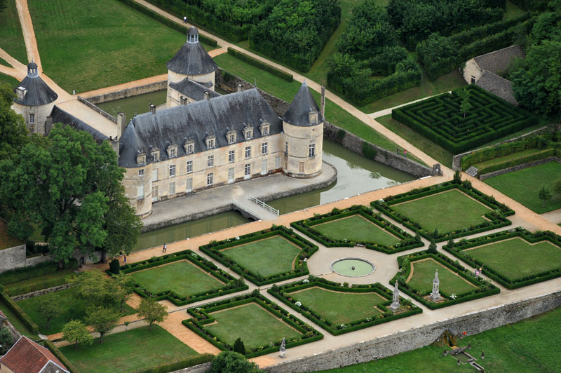 Вокруг Semur-en-Auxois